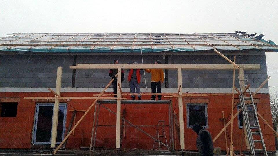 Rekonstrukce celého domu, zákazníky byl spokojený. Naše dobrá reference.
